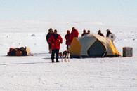 90 Degrees N. 1999: NASA Demonstrates New Technology at the North Pole