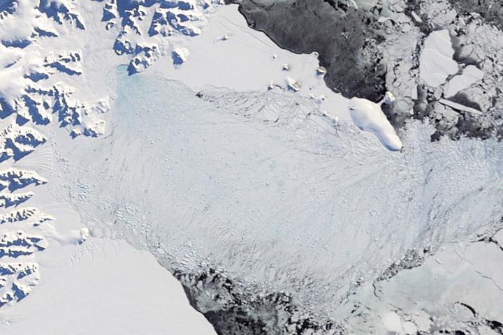 World of Change: Collapse of the Larsen-B Ice Shelf