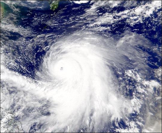 Typhoon Kirogi Spotted by SeaWiFS