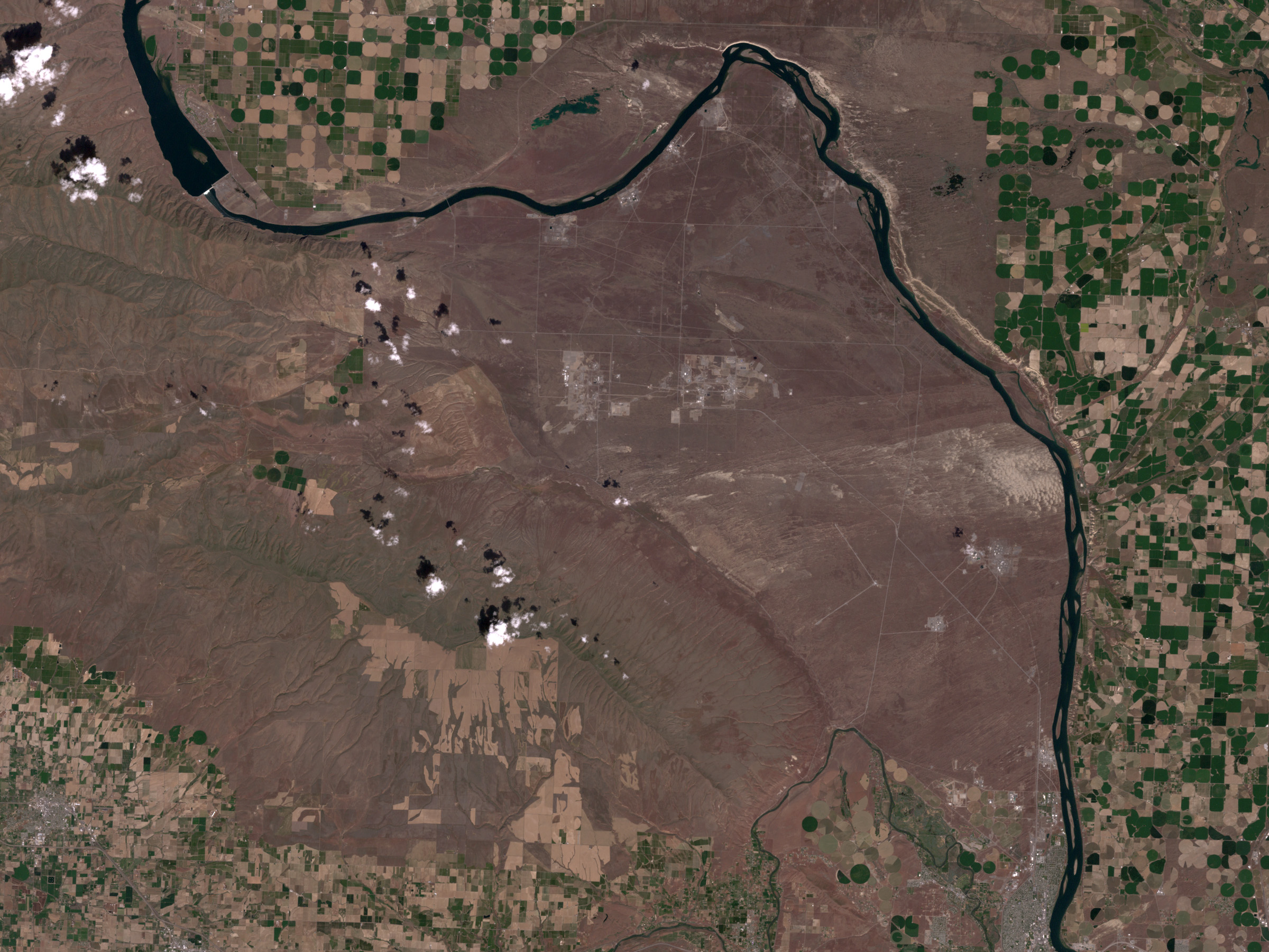 High Resolution View of Hanford, Washington - related image preview