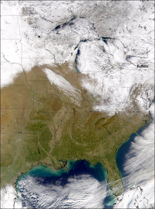Snow From Great Lakes Covers Buffalo