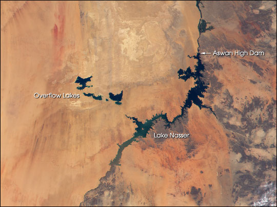 New Lakes in the Egyptian Desert