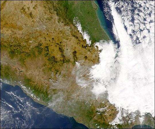 Popocatepetl Erupts