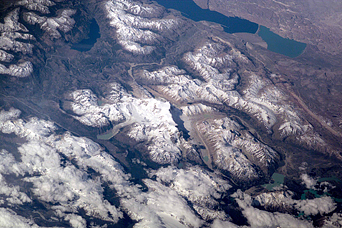 Erosion by Ice and Water in the Southern Andes - related image preview