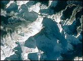 Mount Everest (Chomolungma, Goddess Mother of the World) - selected image