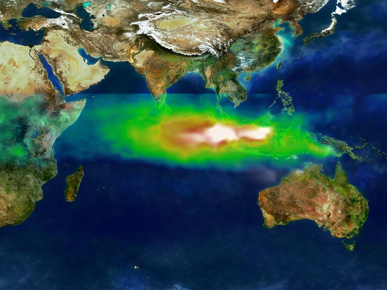 NASA Satellite Tracks Hazardous Smoke and Smog Partnership - related image preview