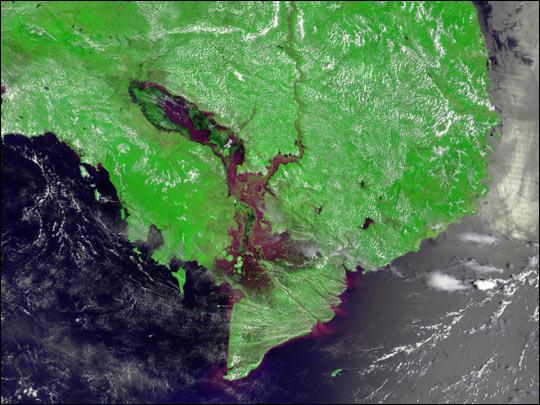 Mekong Floods Fill Tônlé Sap