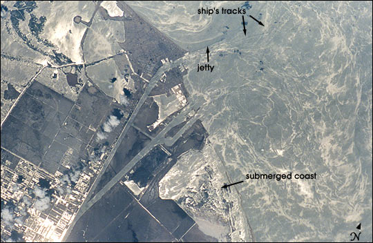 Biogenic Films at the Mouth of the Suez Canal - related image preview