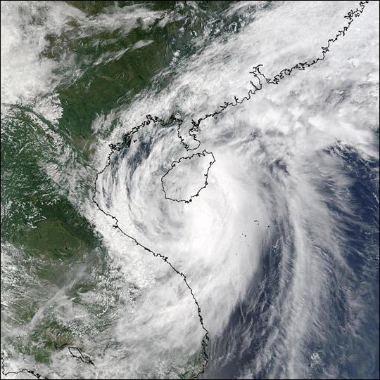 Tropical Storm Mekkhala Hits China