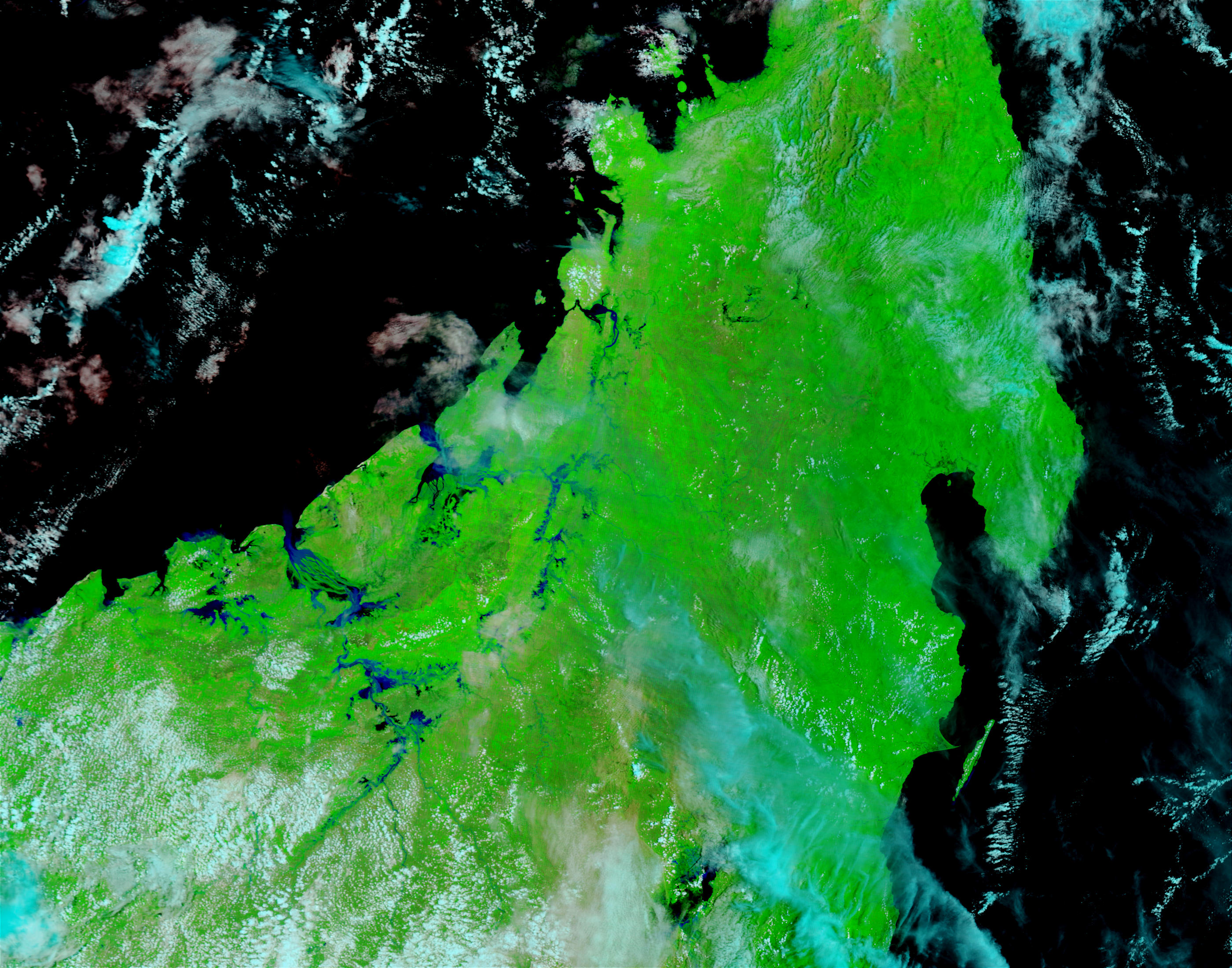 Floods in Northern Madagascar (false color) - related image preview