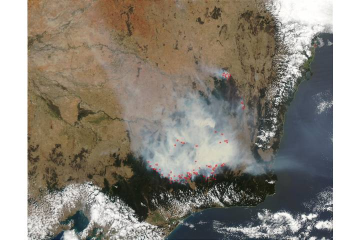Fires and smoke in Southeast Australia - selected image