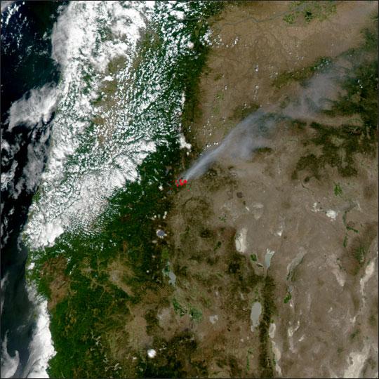 Davis Fire in Oregon