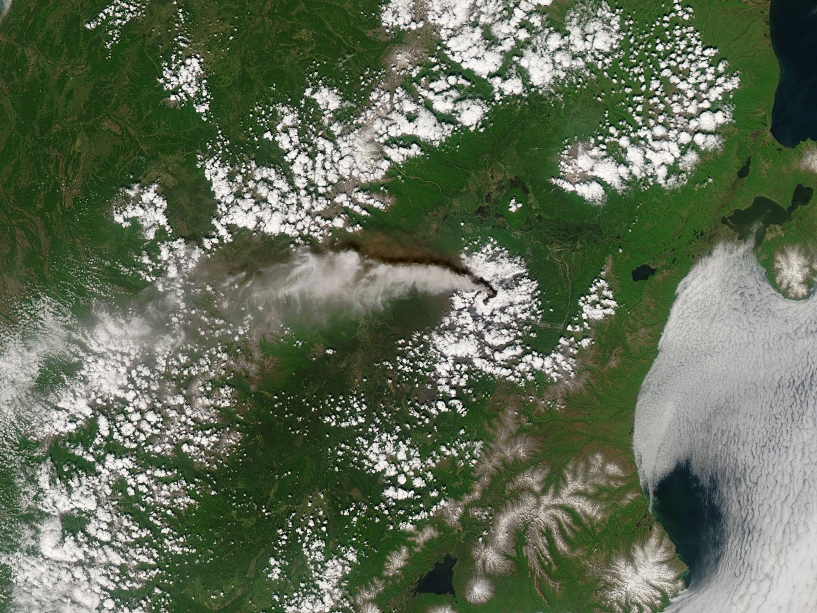 Plume from Kliuchevskoi volcano, Kamchatka Peninsula, Eastern Russia - related image preview