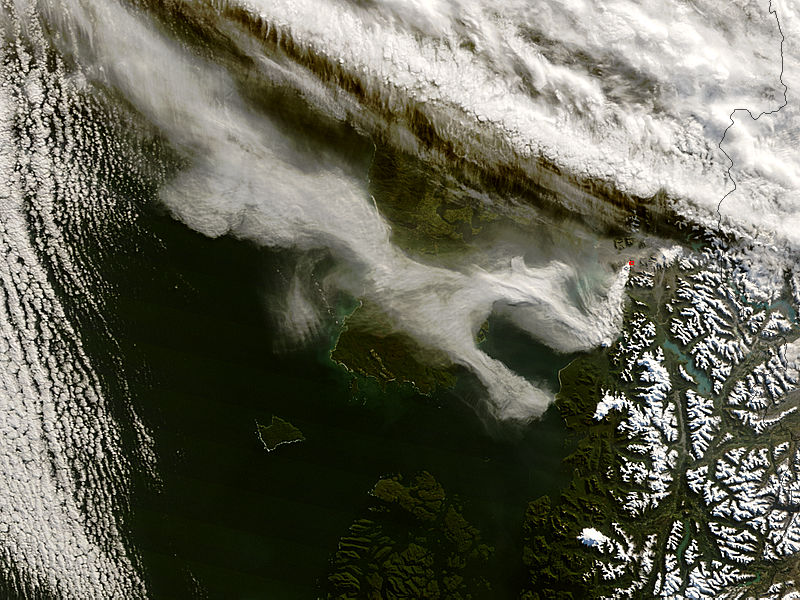 Ash plume from Chaiten volcano, Chile - related image preview