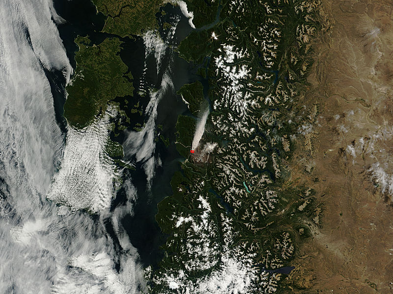 Plume from Chaiten volcano, Chile - related image preview