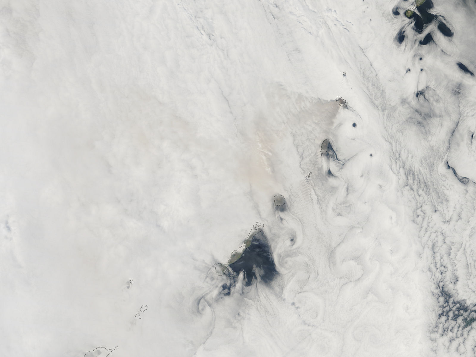 Ash plume from Sarychev Peak, Matua Island, Kurile Islands - related image preview