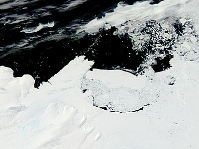 Mertz Glacier tongue and Iceberg B9B (before collision) - related image preview