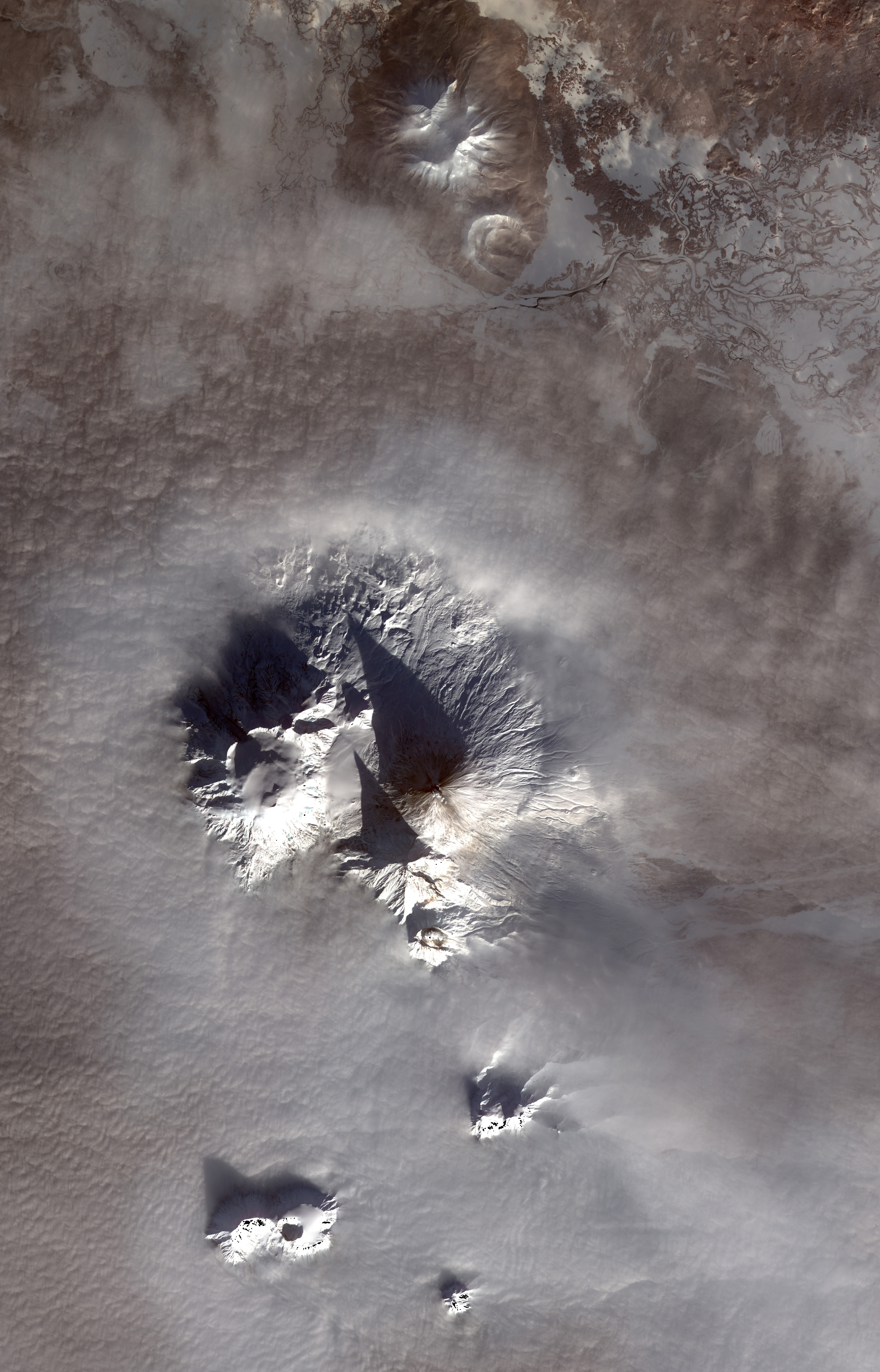 Volcanic Eruptions on the Kamchatkan Peninsula - related image preview