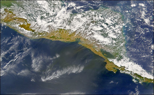 Papagayo Winds Blow Nicaraguan Dust over the Pacific