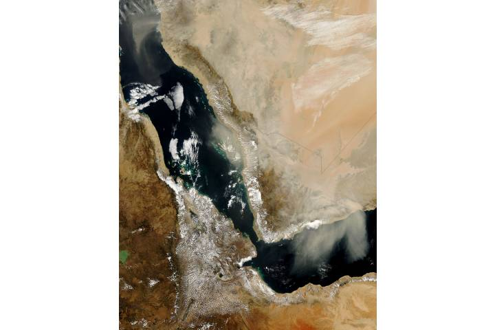 Dust storm in Saudi Arabia - selected image