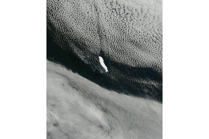 Iceberg B15B in Weddell Sea, Antarctica - selected image