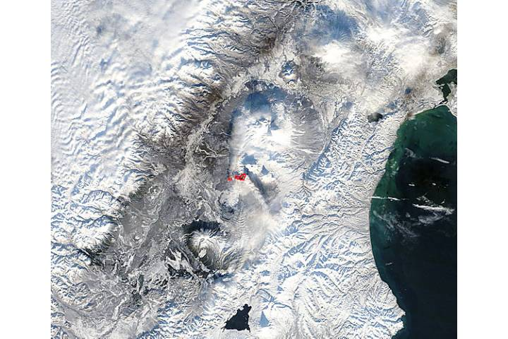 Eruption at Plosky Tolbachik, Kamchatka Peninsula, eastern Russia (morning overpass) - selected image