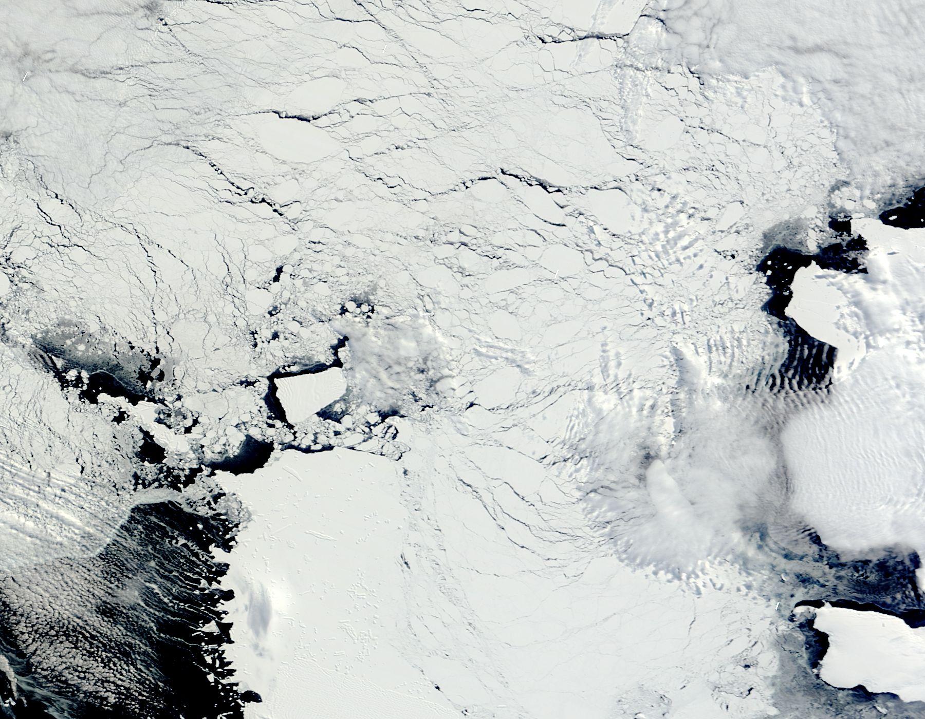 NASA Visible Earth: Iceberg from Pine Island Glacier ...