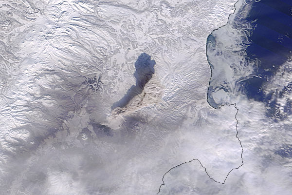 Ash plume from Shiveluch, Kamchatka Peninsula (Terra overpass) - related image preview