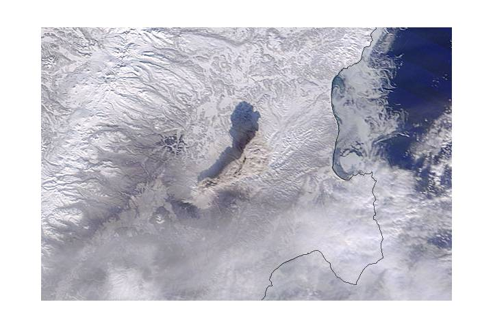 Ash plume from Shiveluch, Kamchatka Peninsula (Terra overpass) - selected image