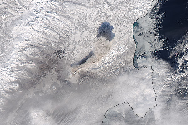 Ash plume from Shiveluch, Kamchatka Peninsula (Aqua overpass) - related image preview