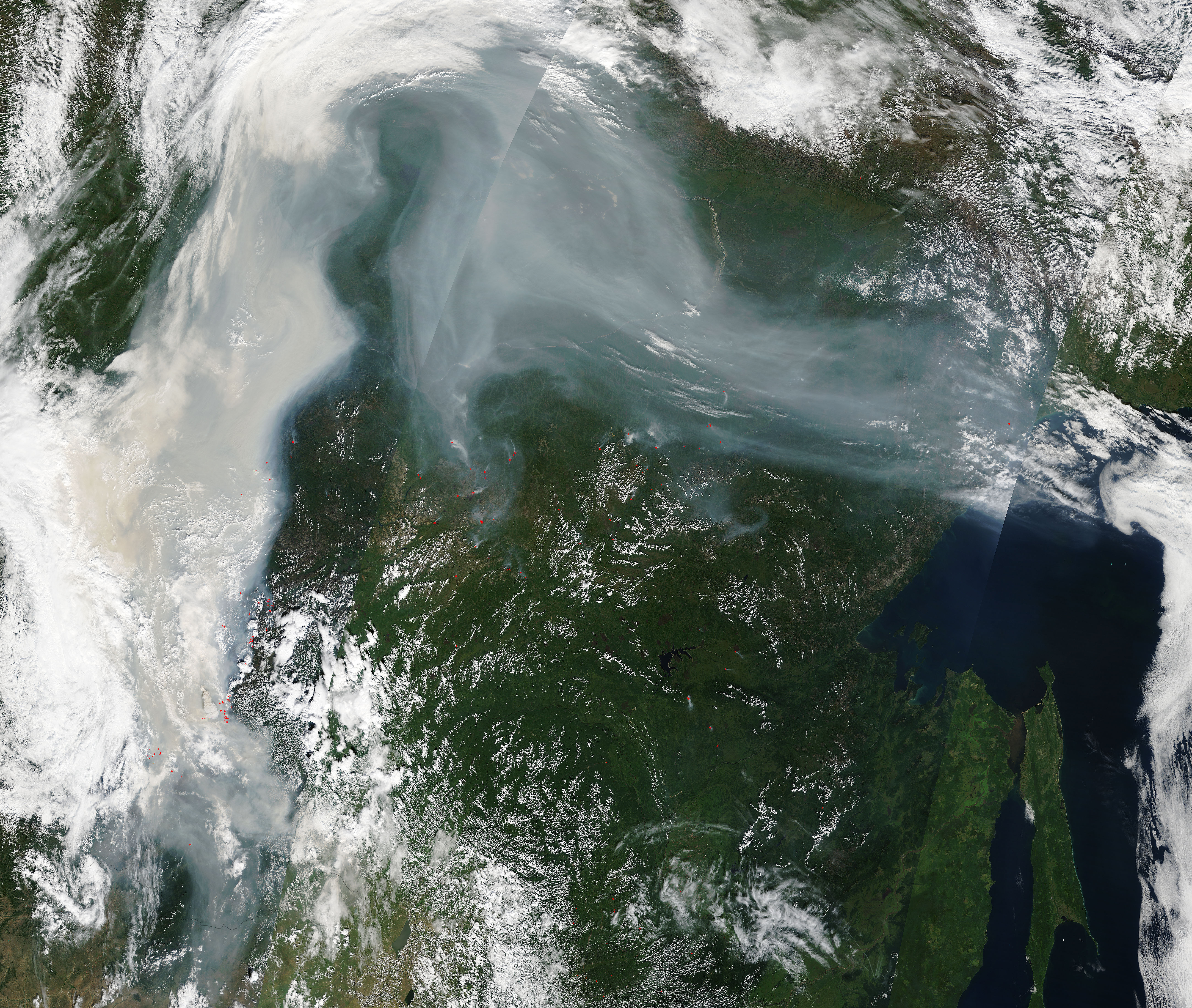 Smoke and fires in eastern Russia - related image preview