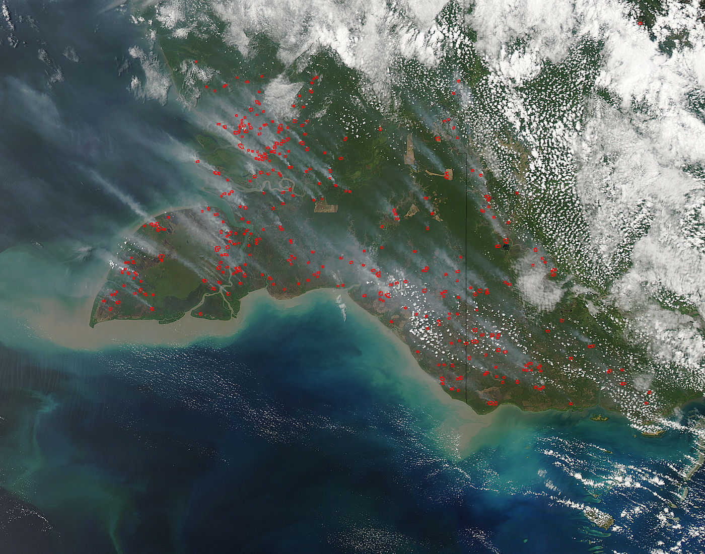 Fires and smoke in southern New Guinea - related image preview