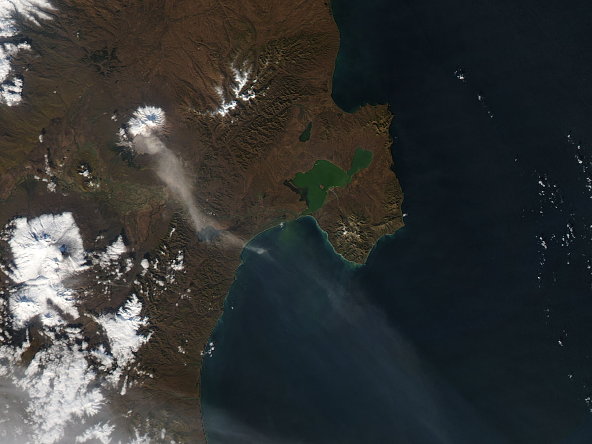 Ash plume from Shiveluch, Kamchatka Peninsula - related image preview