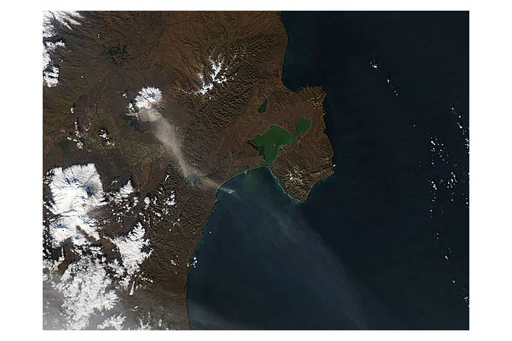 Ash plume from Shiveluch, Kamchatka Peninsula - selected image