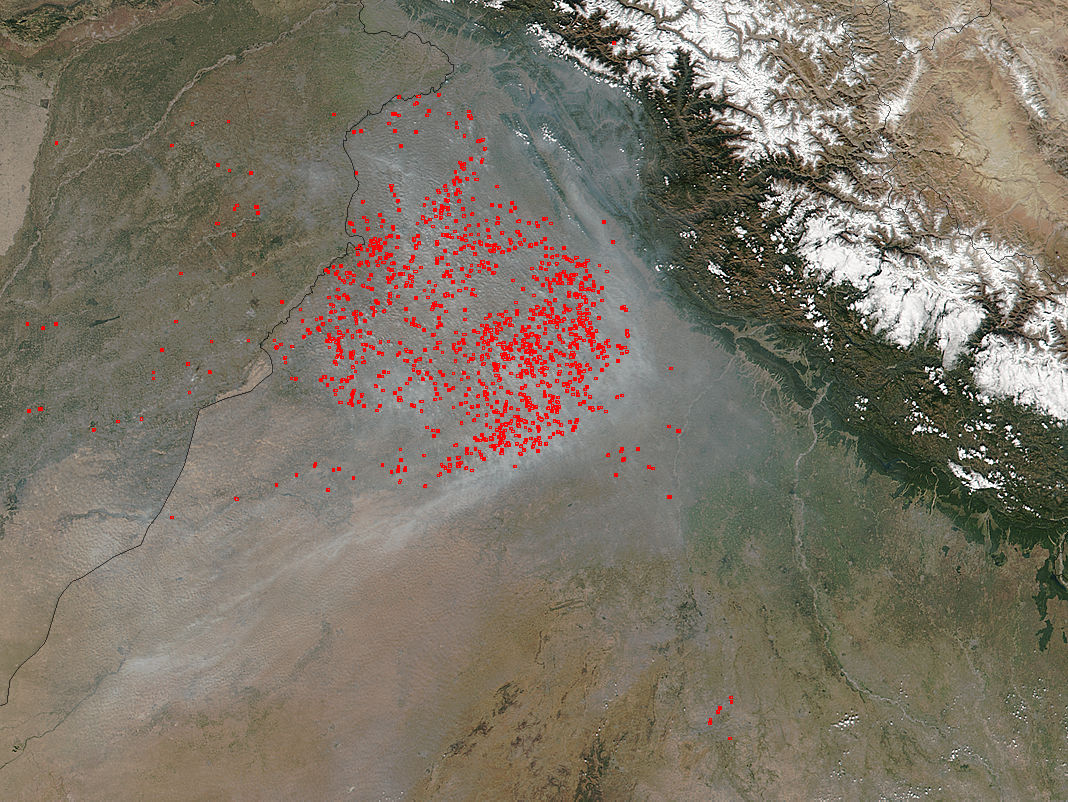 Fires and smoke in northwest India - related image preview