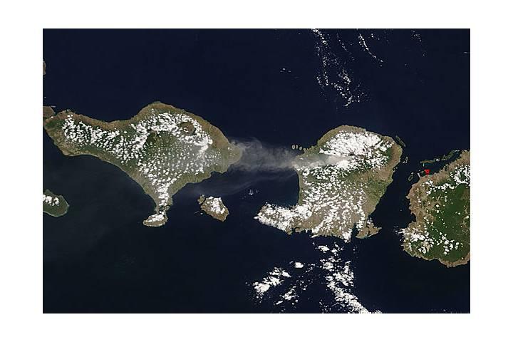 Plume from Rinjani, Lombok, Indonesia - selected image
