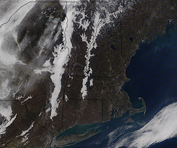 Low clouds in the Connecticut and Hudson River Valleys - related image preview