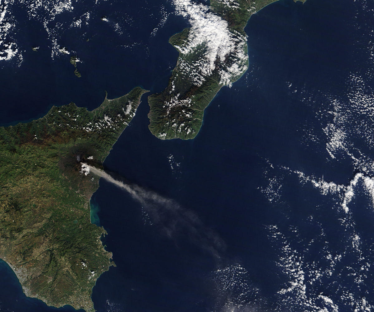 Activity at Mt. Etna and Stromboli (morning overpass) - related image preview