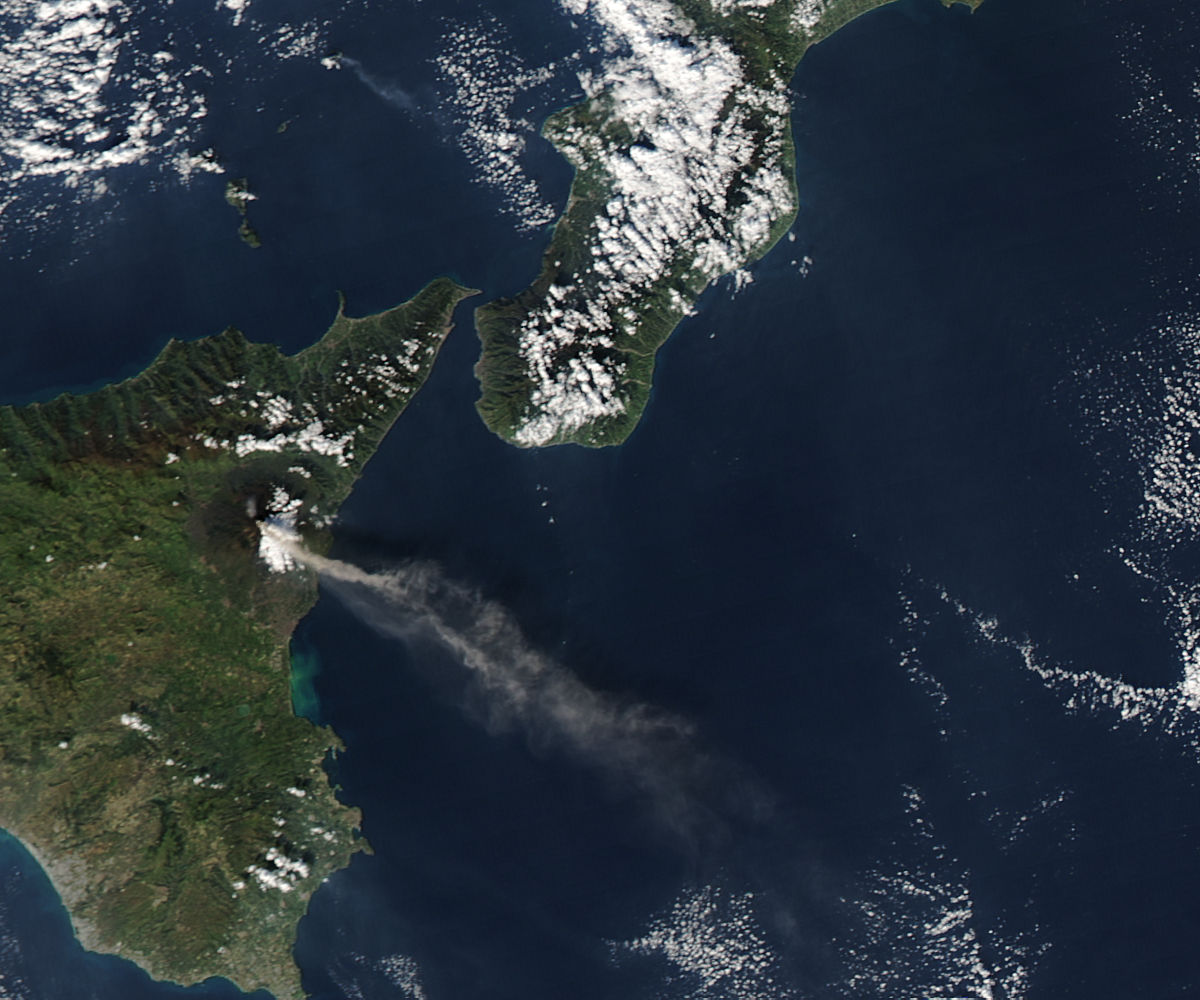 Activity at Mt. Etna and Stromboli (afternoon overpass) - related image preview