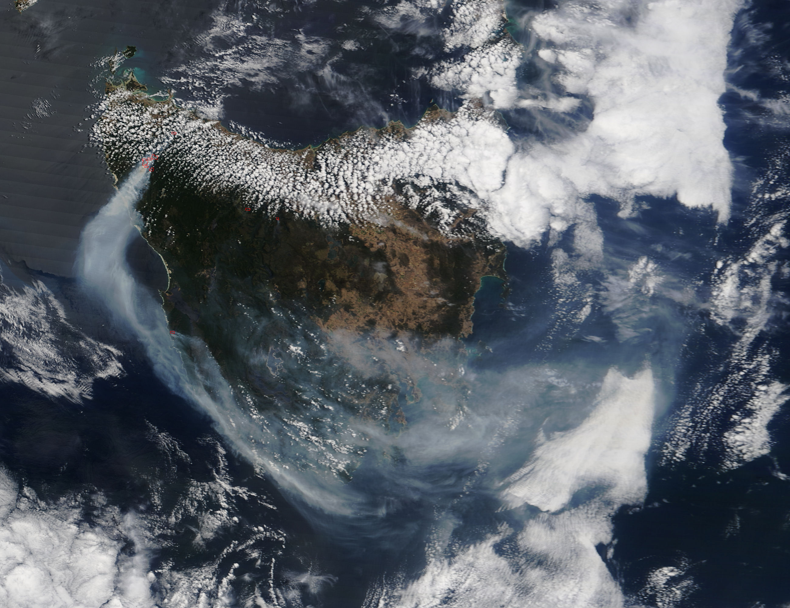 Fires and smoke in Tasmania - related image preview