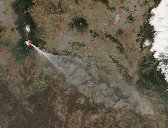 Ash plume from Popocatépetl volcano, Mexico - related image preview