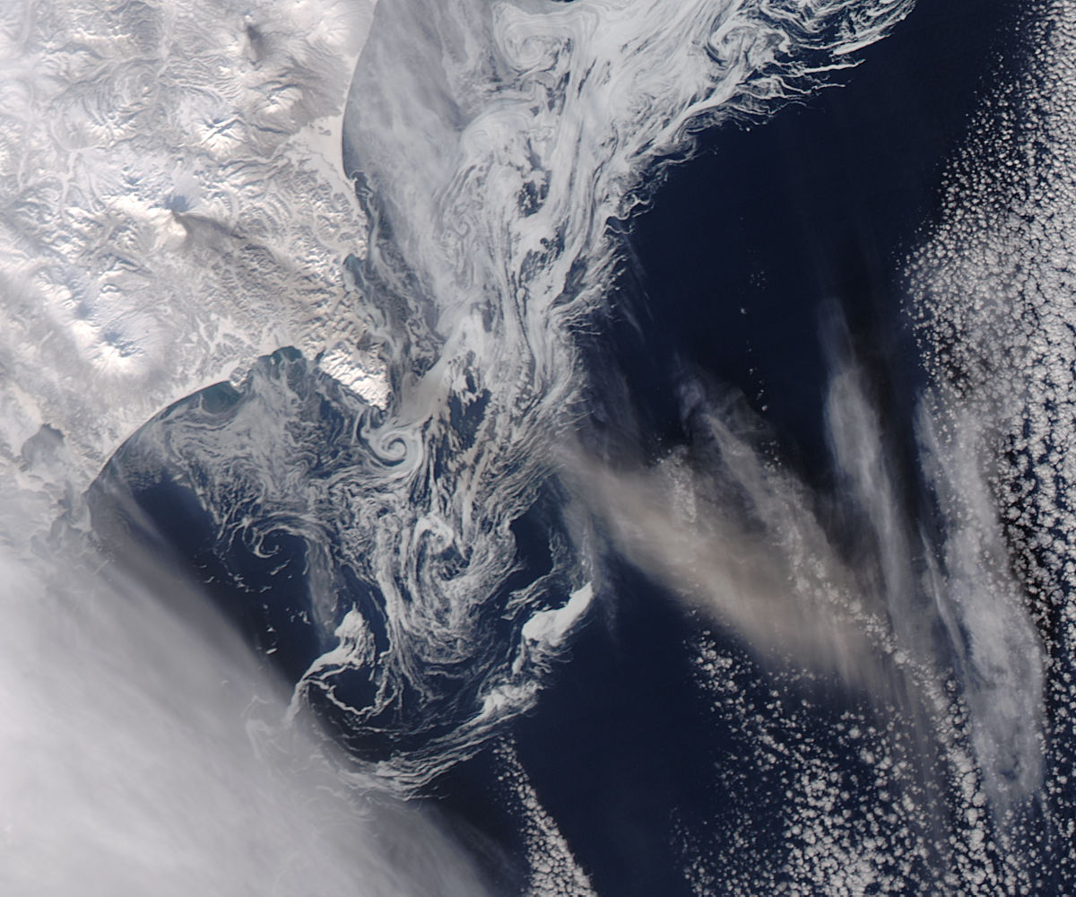 Ash plume from Zhupanovsky, Kamchatka Peninsula (afternoon overpass) - related image preview