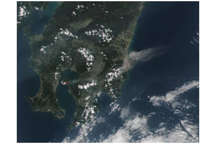 Plume from Sakura-jima, southern Japan (VIIRS afternoon overpass) - selected image