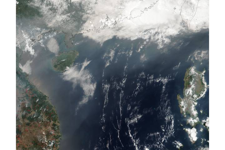 Smoke from Indochina fires over the South China Sea - selected image