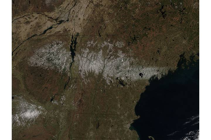 Spring snow across northern New England - selected image
