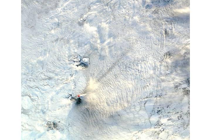 Eruption of Bristol Island volcano, South Sandwich Islands - selected image