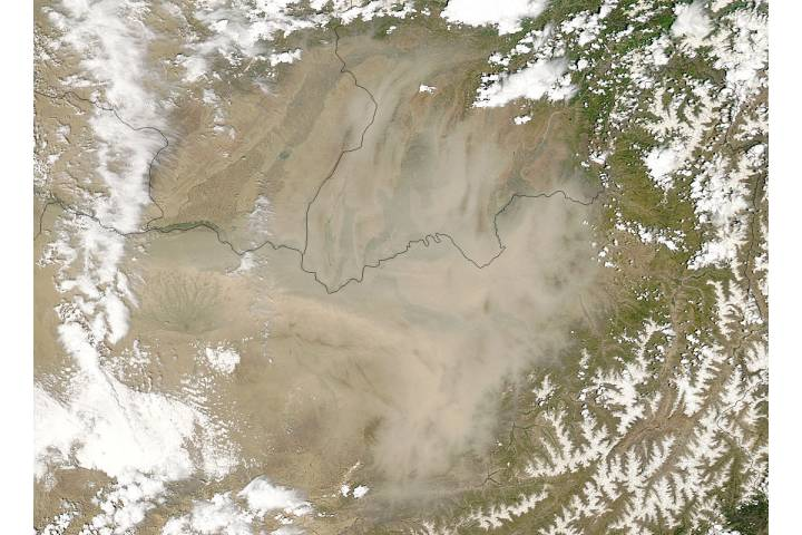 Dust storm in northern Afghanistan - selected image
