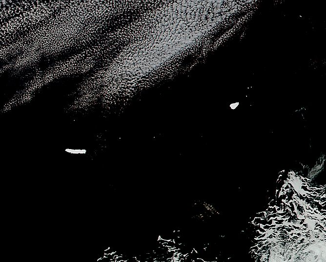 Icebergs B15K and A66 in the South Atlantic Ocean - related image preview