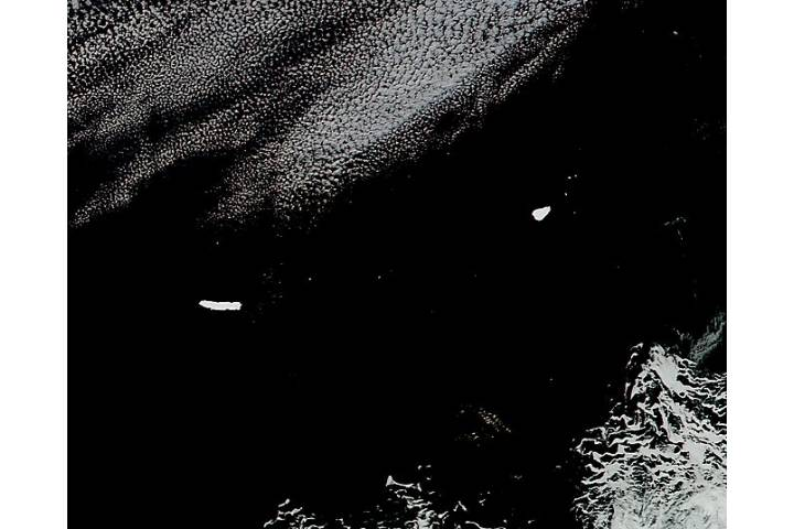 Icebergs B15K and A66 in the South Atlantic Ocean - selected image