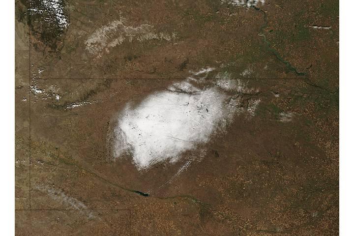 Fall snow in Nebraska - selected image